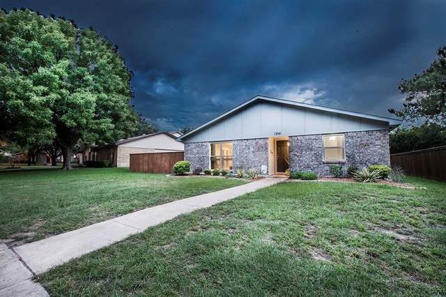 1304 Natchez Drive, Plano, TX 75023 (MLS #14434851) :: The Paula Jones Team | RE/MAX of Abilene