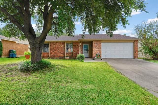 6808 Glenhurst Drive, North Richland Hills, TX 76182 (MLS #14435445) :: RE/MAX Landmark