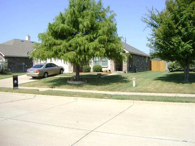 1340 Connie Street, Burleson, TX 76028 (MLS #14435534) :: Keller Williams Realty
