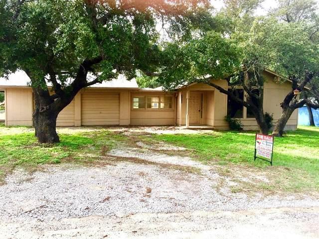 6943 Lover's Lane Lane, Brownwood, TX 76801 (MLS #14435540) :: The Kimberly Davis Group