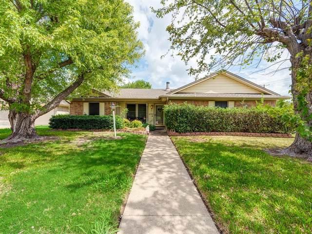 6700 Johnnie Court, Watauga, TX 76148 (MLS #14435617) :: Justin Bassett Realty