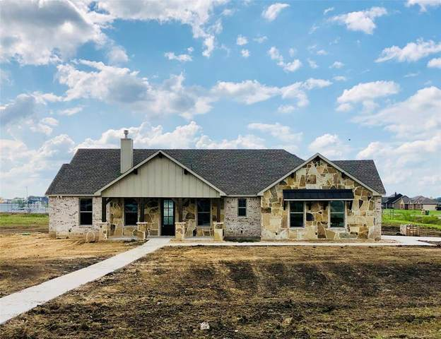 6033 Dewberry Lane, Joshua, TX 76058 (MLS #14435923) :: Real Estate By Design