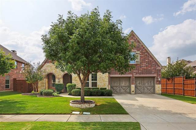 8261 Frisco Lakes Drive, Frisco, TX 75036 (MLS #14435931) :: Real Estate By Design