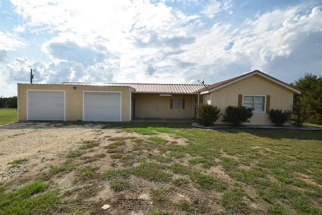 1400 Private Road 701, Stephenville, TX 76401 (MLS #14435984) :: The Mauelshagen Group