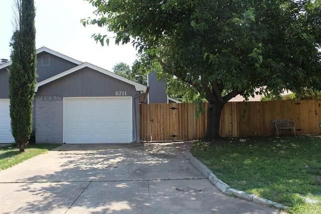 6711 S Creek Drive, Fort Worth, TX 76133 (MLS #14436118) :: The Mauelshagen Group