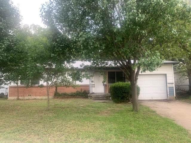 781 Betty Lane, Hurst, TX 76053 (MLS #14436465) :: The Heyl Group at Keller Williams