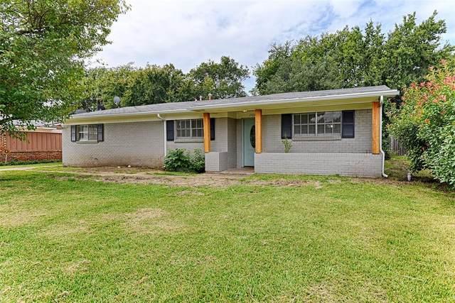 2504 N Alexander Street, Sherman, TX 75092 (#14436481) :: Homes By Lainie Real Estate Group