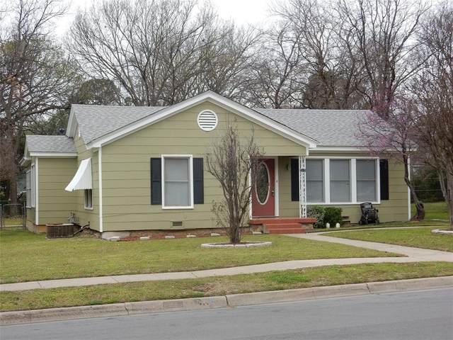 2203 Palmer Drive, Denton, TX 76209 (MLS #14436729) :: Real Estate By Design