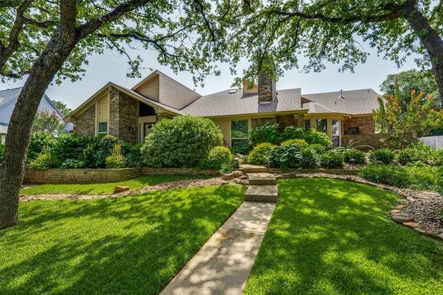 3813 Welwyn Way Drive, Bedford, TX 76021 (MLS #14436743) :: The Kimberly Davis Group