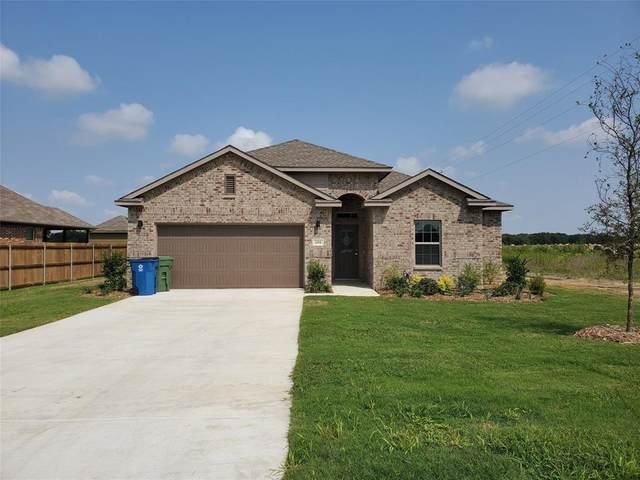 500 Wood Drive, Gunter, TX 75058 (MLS #14436904) :: The Kimberly Davis Group