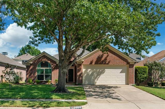 1004 Roaring Canyon Road, Euless, TX 76039 (MLS #14436936) :: The Mitchell Group