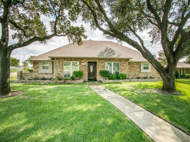 10114 Lawler Road, Dallas, TX 75243 (MLS #14436961) :: All Cities USA Realty