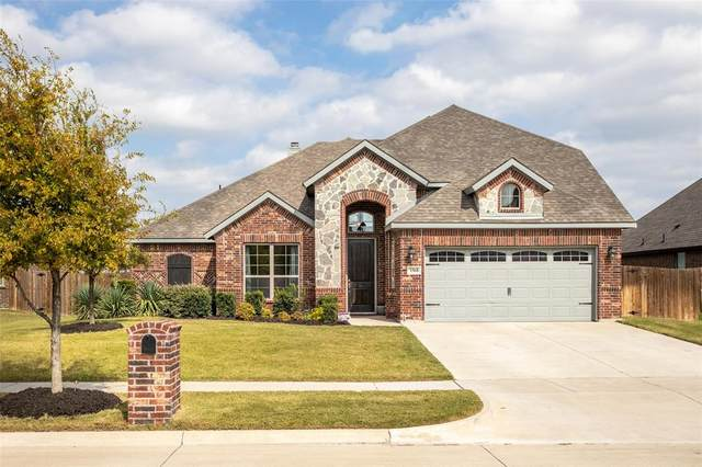 1568 Reserve Road, Waxahachie, TX 75165 (MLS #14437002) :: The Kimberly Davis Group