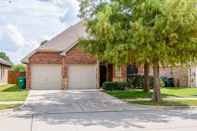 1104 Tallahassee Drive, Denton, TX 76208 (MLS #14437059) :: Trinity Premier Properties