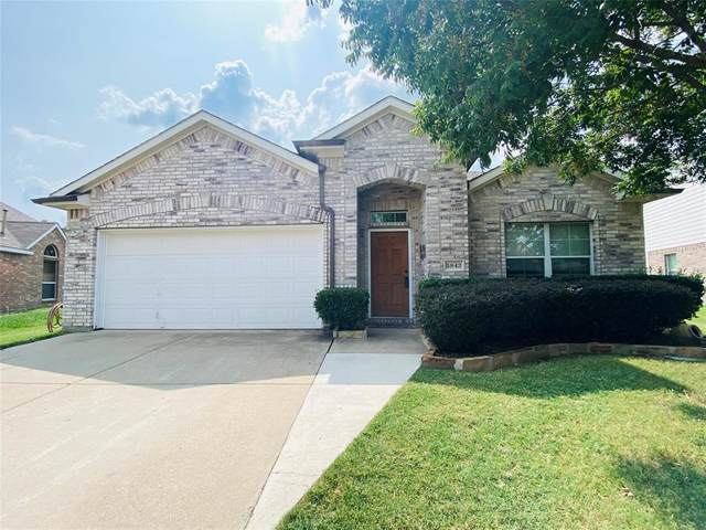 5843 Twilight Drive, Grand Prairie, TX 75052 (MLS #14437317) :: Trinity Premier Properties