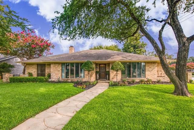 6339 Crestmont Drive, Dallas, TX 75214 (MLS #14437366) :: Team Tiller