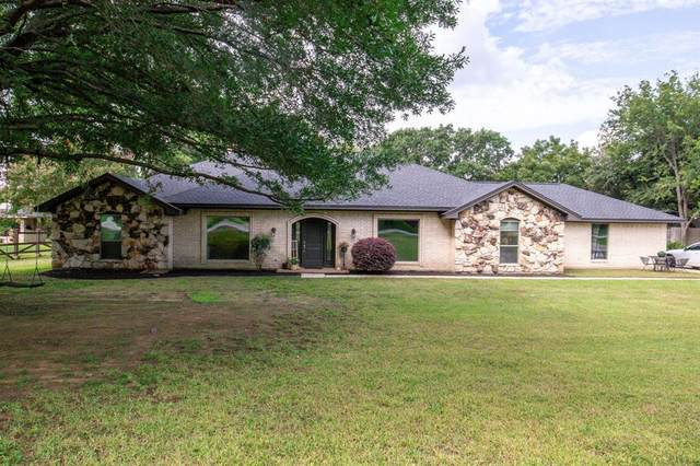 451 Cross Timbers Drive, Double Oak, TX 75077 (MLS #14437379) :: Real Estate By Design