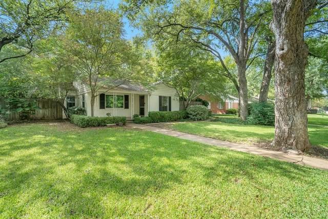 615 Eastwood Avenue, Fort Worth, TX 76107 (MLS #14437527) :: Team Tiller