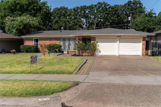 1609 Ronne Drive, Irving, TX 75060 (MLS #14437714) :: The Paula Jones Team | RE/MAX of Abilene