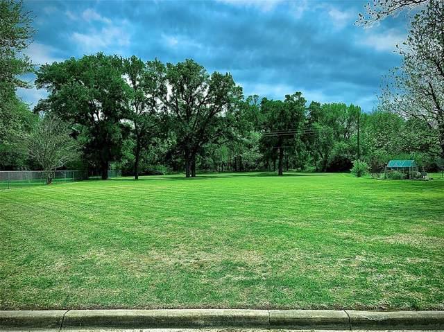 308 E Miller Street, Burleson, TX 76028 (MLS #14437739) :: Keller Williams Realty