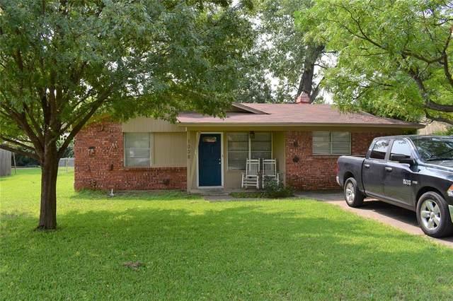 1008 Laguna Drive, Denton, TX 76209 (MLS #14437756) :: Real Estate By Design