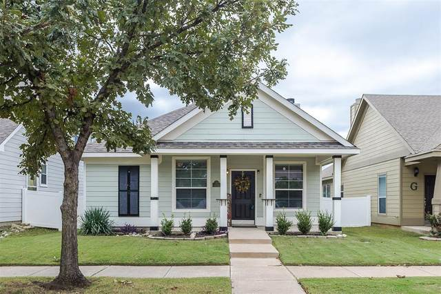 10212 Waterbury Drive, Providence Village, TX 76227 (MLS #14437789) :: All Cities USA Realty