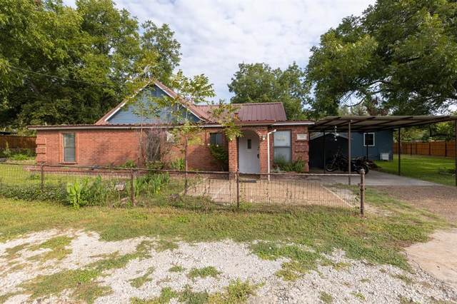 201 N Avenue B, Springtown, TX 76082 (MLS #14437807) :: The Chad Smith Team