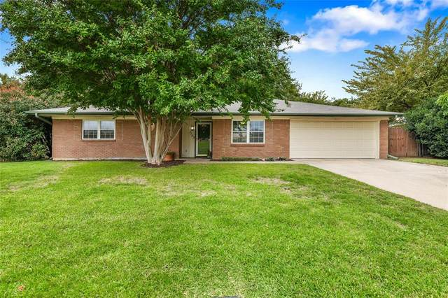 1157 Irwin Drive, Hurst, TX 76053 (MLS #14438016) :: The Chad Smith Team
