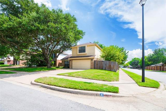1619 Stoneway Drive, Grapevine, TX 76051 (MLS #14438073) :: The Mitchell Group