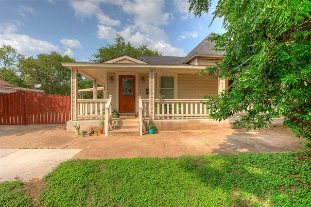 2100 Harrison Avenue, Fort Worth, TX 76110 (MLS #14438229) :: The Mitchell Group
