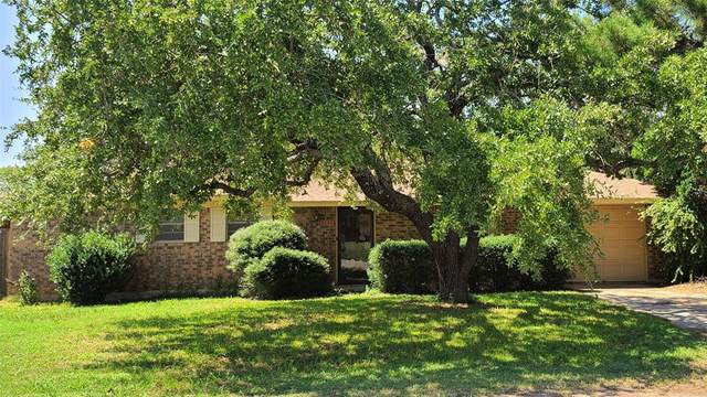 306 Cedar Street, Bangs, TX 76823 (MLS #14438317) :: The Kimberly Davis Group