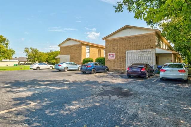 1505 W Pearl Street, Granbury, TX 76048 (MLS #14438491) :: The Kimberly Davis Group