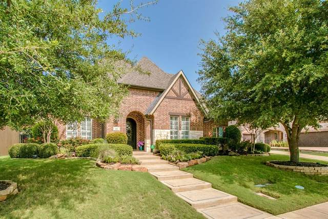 621 Lakemont Drive, Irving, TX 75039 (MLS #14438833) :: Real Estate By Design