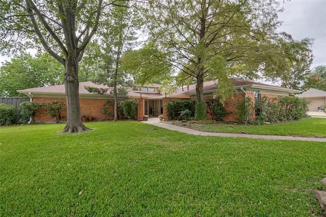 4902 Kelso Lane, Garland, TX 75043 (MLS #14438844) :: The Kimberly Davis Group
