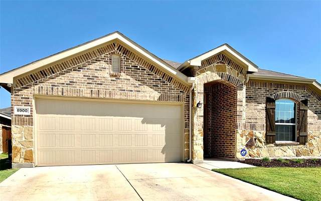 8900 Zubia Lane, Fort Worth, TX 76131 (MLS #14439005) :: Team Tiller