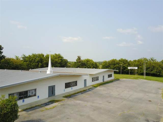 31647 Hwy 377, Whitesboro, TX 76273 (MLS #14439668) :: Real Estate By Design