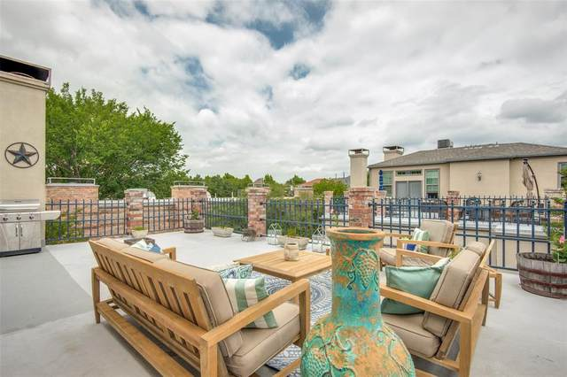 4511 Gilbert Avenue #212, Dallas, TX 75219 (MLS #14439855) :: Team Tiller