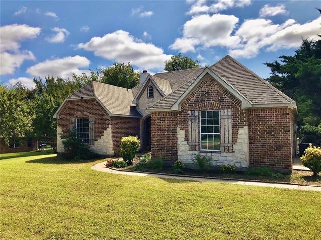 2606 Village Drive, Sherman, TX 75090 (#14439982) :: Homes By Lainie Real Estate Group