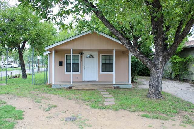 713 Avenue A, Brownwood, TX 76801 (MLS #14440201) :: Team Tiller