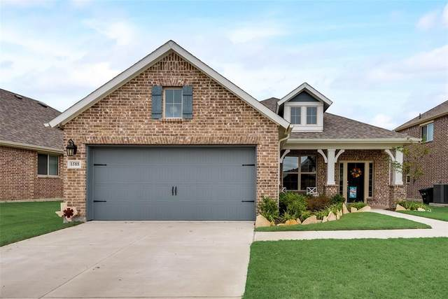 1588 Sugarberry Drive, Forney, TX 75126 (MLS #14440475) :: The Kimberly Davis Group