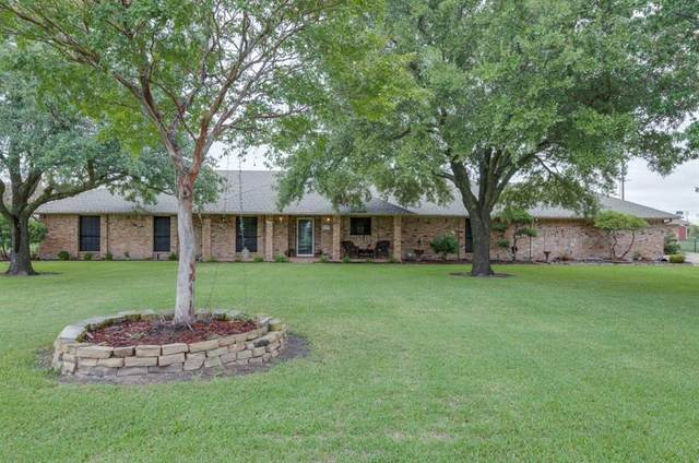 13737 Hollow Creek Drive, Forney, TX 75126 (MLS #14440610) :: The Kimberly Davis Group