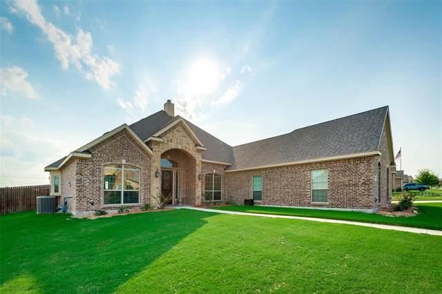 1820 Chuckwagon Drive, Midlothian, TX 76065 (MLS #14440967) :: The Kimberly Davis Group