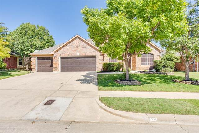 5221 Copper Creek Drive, Fort Worth, TX 76244 (MLS #14441111) :: The Good Home Team