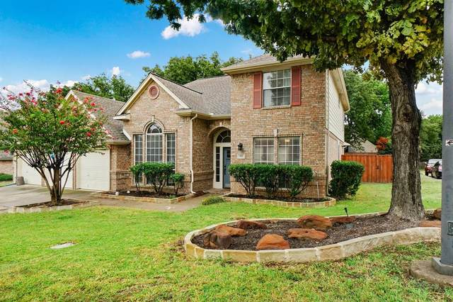 950 Southwood Drive, Lewisville, TX 75077 (MLS #14441152) :: Real Estate By Design