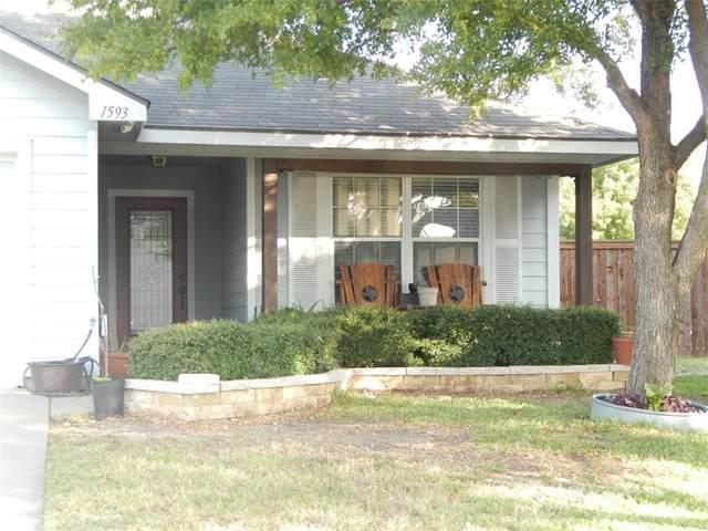 1593 Sandhurst, Waxahachie, TX 75165 (MLS #14441357) :: Front Real Estate Co.
