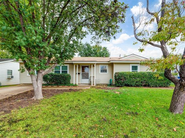 528 Himes Drive, Euless, TX 76039 (MLS #14441516) :: The Chad Smith Team