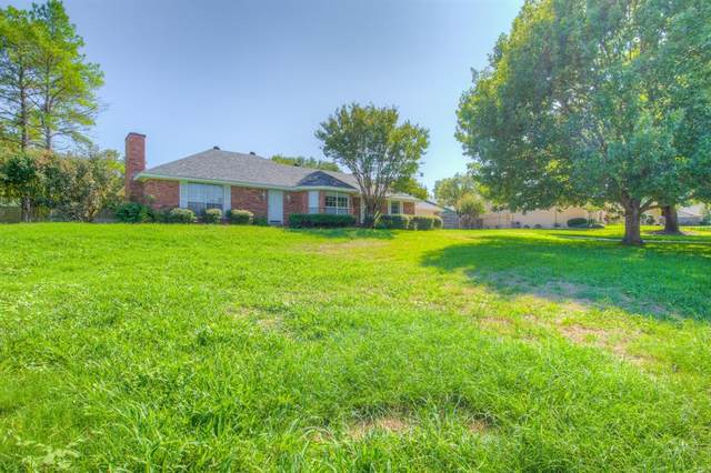 1015 W Westhill Drive, Cleburne, TX 76033 (MLS #14441554) :: The Good Home Team