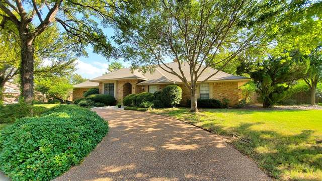 3 Red Oak Circle, Hickory Creek, TX 75065 (MLS #14441760) :: Real Estate By Design