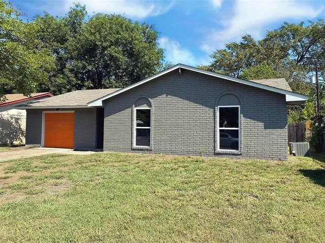 346 Hawthorne Lane, Grand Prairie, TX 75052 (MLS #14442010) :: The Chad Smith Team