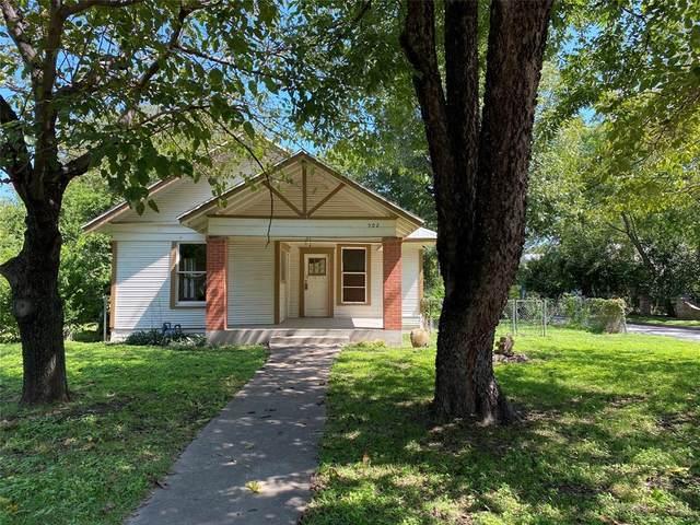 502 N Buffalo Avenue, Cleburne, TX 76033 (MLS #14442046) :: Potts Realty Group